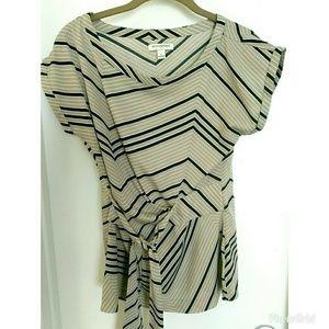 Women's Banana Republic tan striped blouse